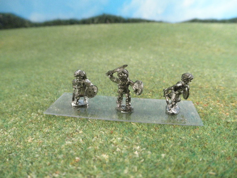 15mm British Colonials: LBN171 Dervish Infantry with Swords