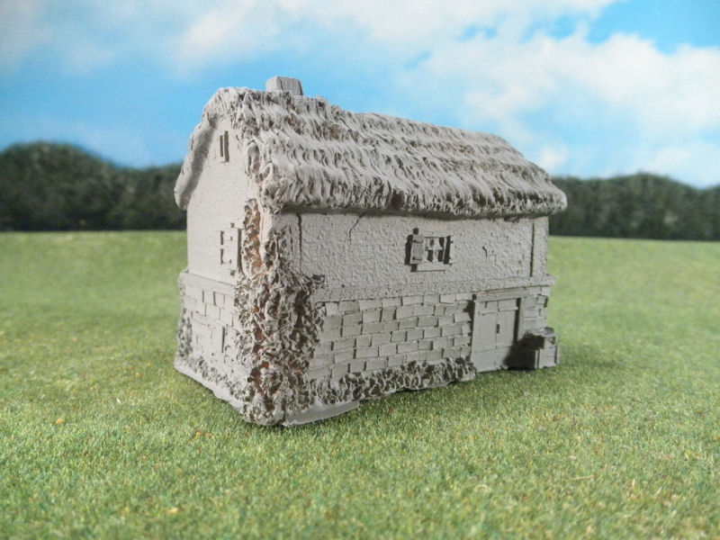 15mm English / European Buildings: TRF358 Stone House over Barn with Thatched Roof