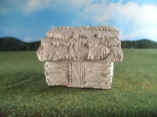 25mm ACW AWI Buildings: TRF500 Small Log Cabin with Sod Roof