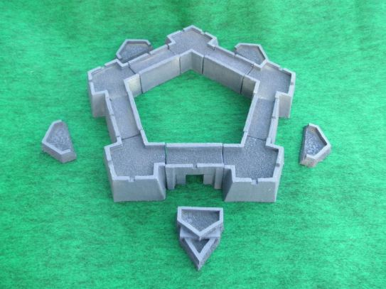 15mm Fortifications: TRF26 15mm 5-Sided Vauban Fort